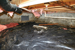 Crawl Space Repair Before in Des Moines